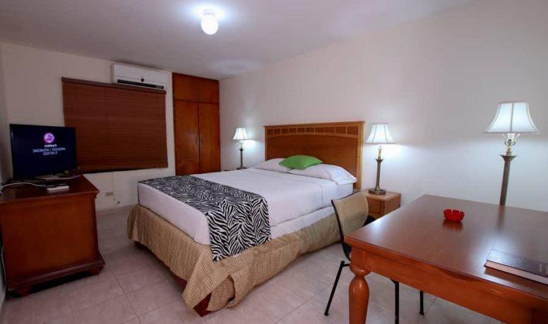 1 Standard Room